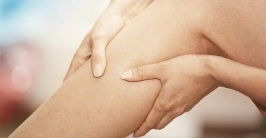 脊椎腫瘤也可引起雙腿乏力及痳痺