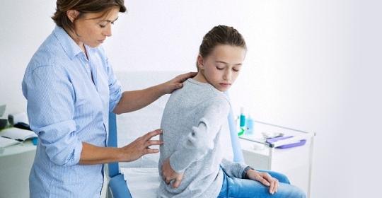 急性腰骨痛(腰部肌肉創傷/扭傷)