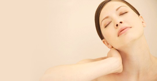 頸部酸痛及僵硬的簡單運動及日常護理
